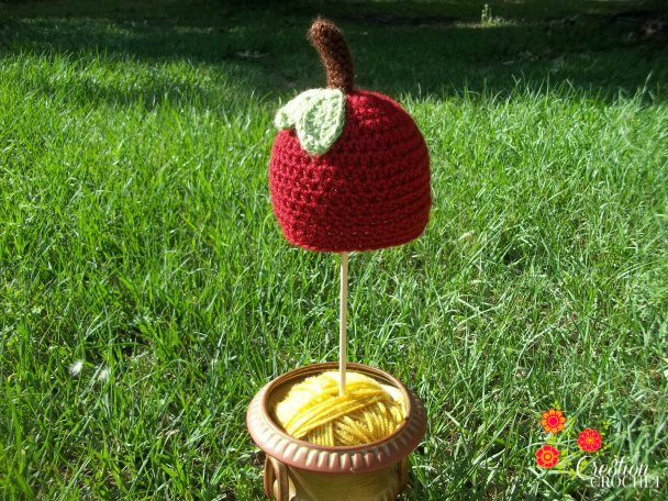 The Apple Of My Eye Newborn Hat How To Cre8tion Crochet