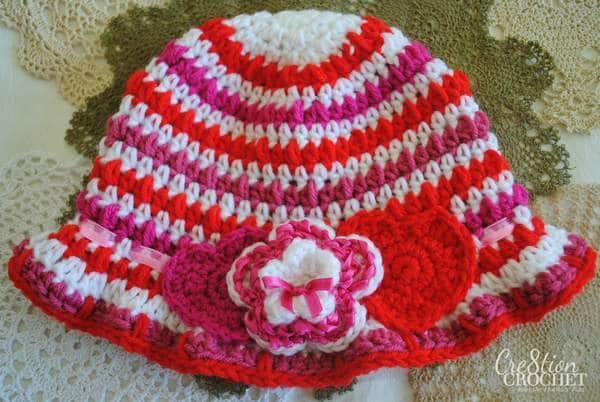 free Valentine's Day crochet pattern- Cupid's Cloche
