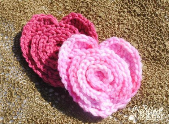 free crochet pattern layered flower in a heart