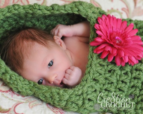 baby pod green with flower