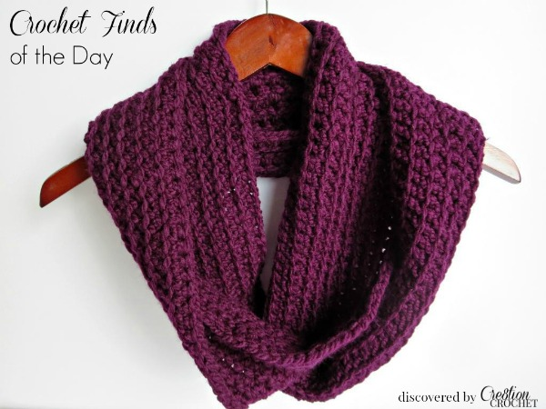 Crochet Finds of the Day November 10 2014 discoverd by Cre8tion Crochet ~ Easy Ribbed Infinity Scarf by Colies Crochet