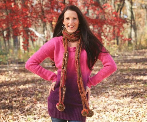 Long Chain Link Scarf easy crochet scarf pattern by Jackie Moon, featured on Crochet Finds of the Day by #cre8tioncrochet